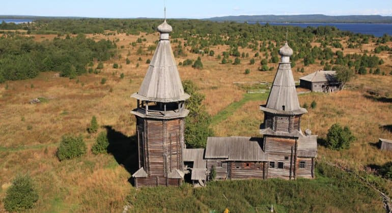 Спасенный в карельской деревне храм XVII века откроют летом 2021 года