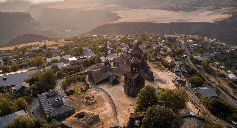 Почему вы называете армян монофизитами?