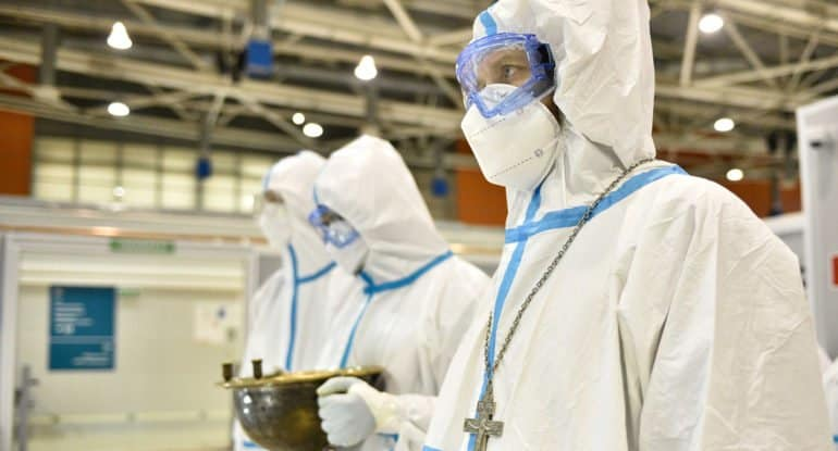 С начала пандемии священники Московской епархии совершили свыше 4000 выездов