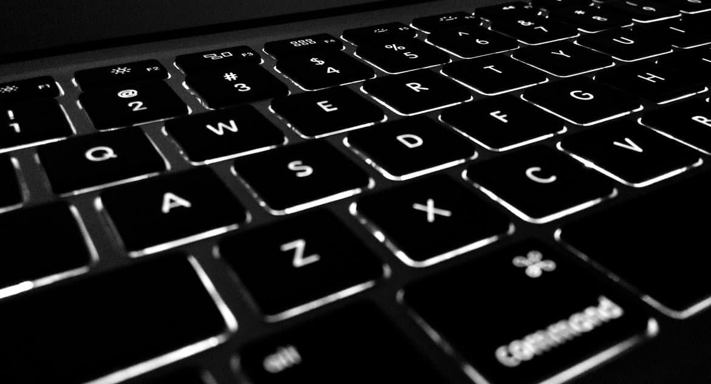 В список потенциально мошеннических сайтов внесены ресурсы, использующие имена святых