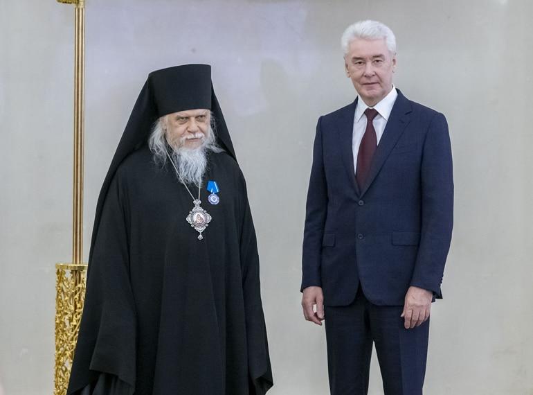 Епископ Пантелеимон награжден Орденом Почета за активную благотворительность