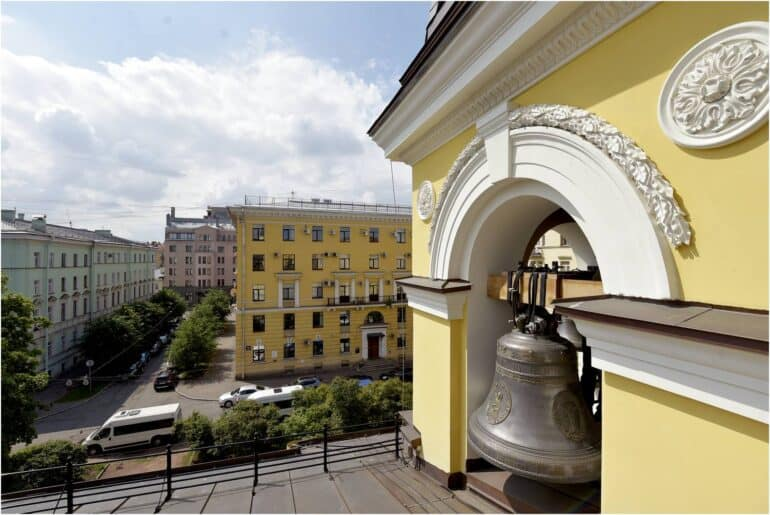 В центре Петербурга освятили храм, воссозданный с нуля