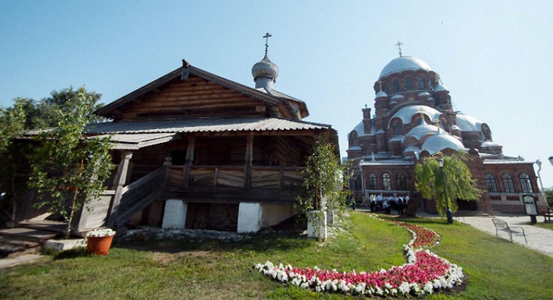 На острове-граде Свияжск открыли женский монастырь