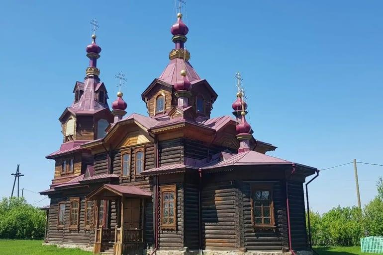 После удара молнии сгорела красноярская церковь начала ХХ века