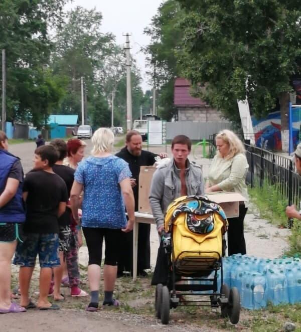 Церковь помогает пострадавшим от наводнения в Амурской области
