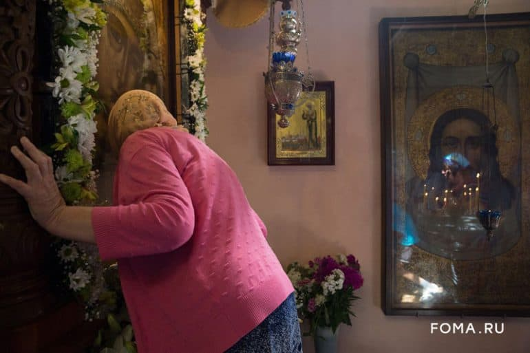 В круглой церкви села Курба сохранят уникальные фрески. Фоторепортаж с престольного праздника