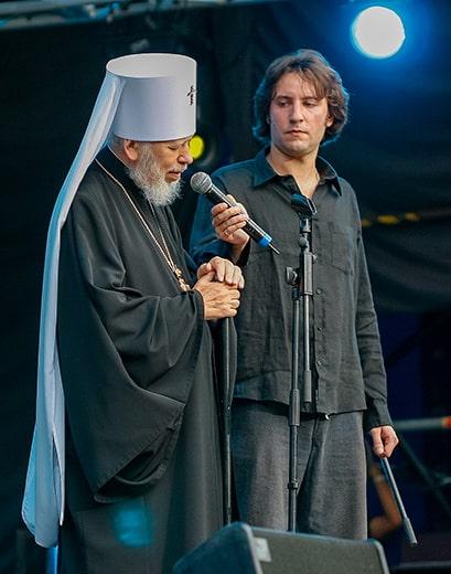 14 августа 14 лет назад. Как монах и рок-поэт установили традицию ежегодного празднования Дня Крещения Руси