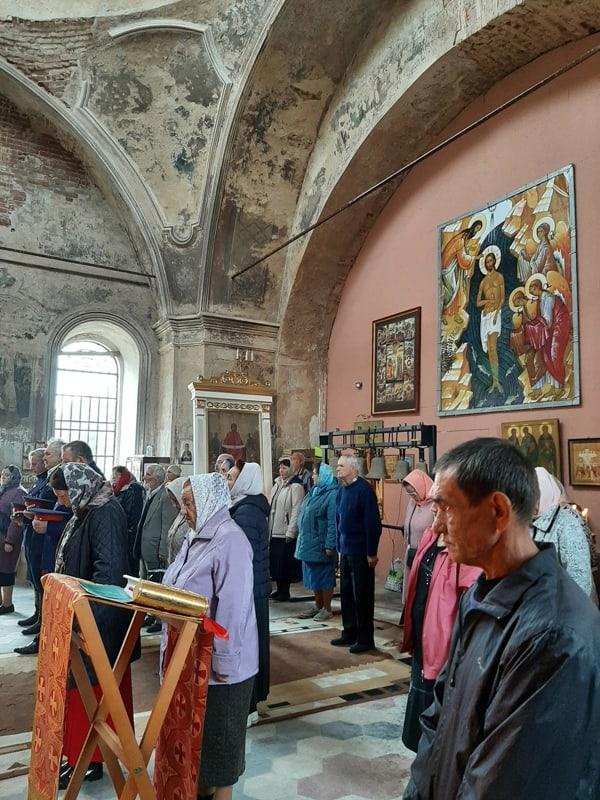 В храме, которому помогли читатели «Фомы», начались регулярные службы