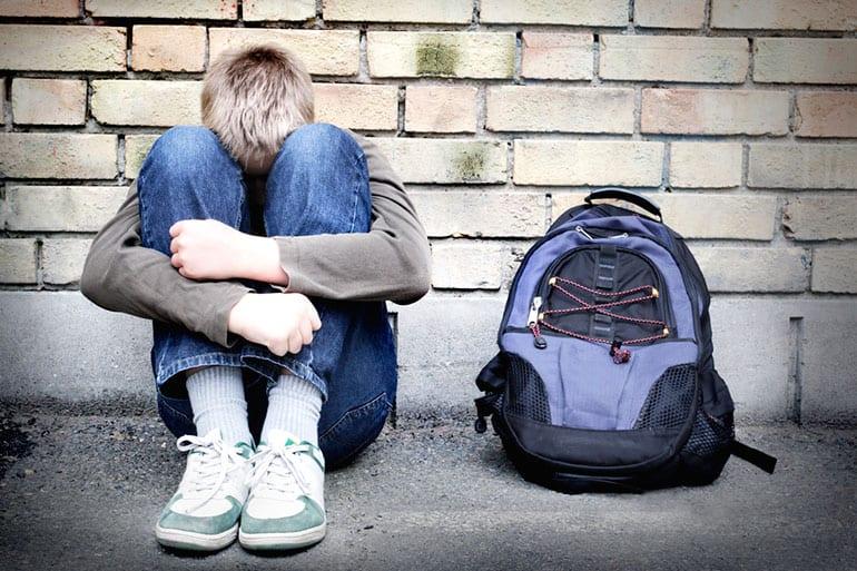 Ребенок в школе обижает одноклассников