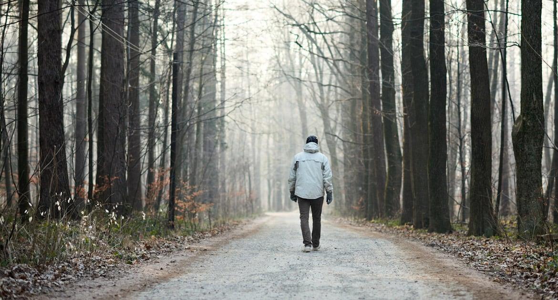 Как относиться к отцу, который бросил мать и прекратил общение?