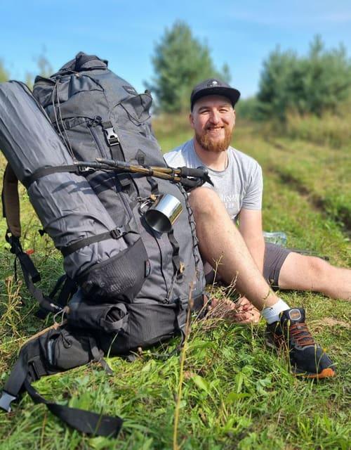 Дорогой паломников за чудом: брат с сестрой прошли 283 километра, чтобы помочь детям
