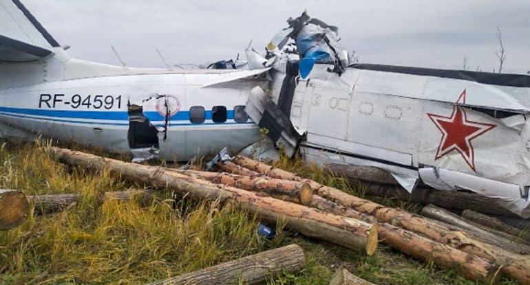 Казанская епархия помогает родным погибших и пострадавшим при крушении L-410
