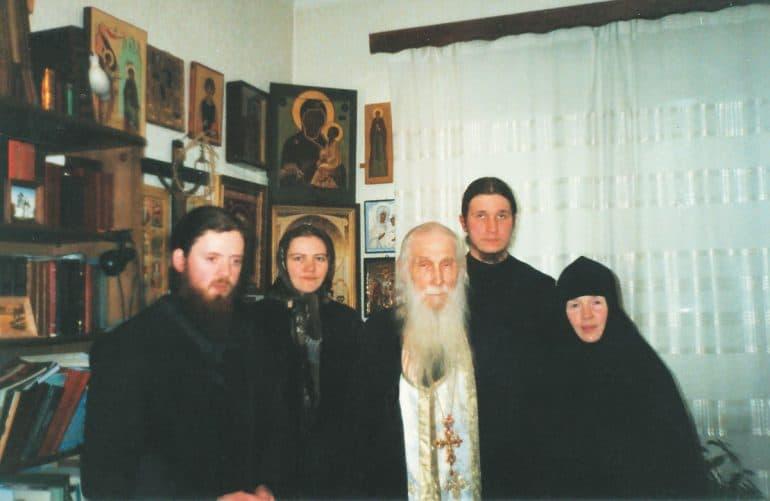 «Я думал: Господи, как же хорошо было бы умереть сейчас» — сильные истории о встречах со старцем Кириллом (Павловым)