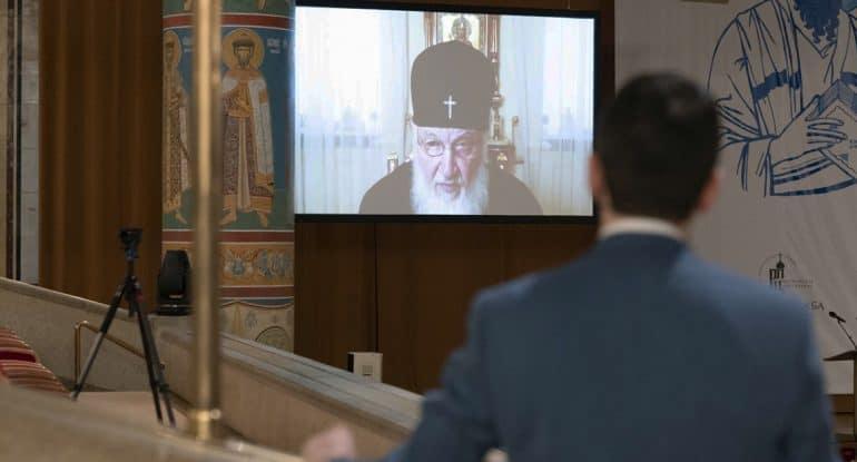 Патриарх Кирилл рассказал, как Церковь должна правильно рефлексировать на актуальные проблемы