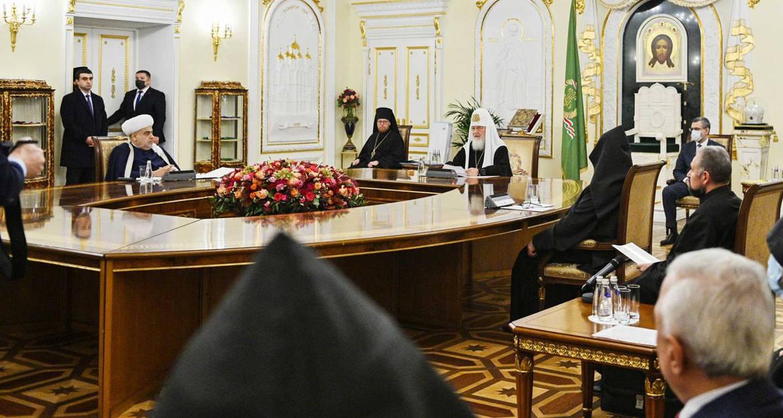 Авторитет духовных лидеров Азербайджана и Армении должен помочь разрешить карабахский конфликт, – патриарх Кирилл