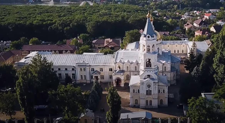 О Свято-Андреевском соборе Ставрополя рассказывают в видеоэкскурсиях с сурдопереводом