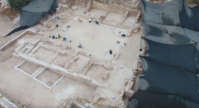 В Израиле найден древний храм в честь неизвестного мученика. Его можно посетить в приложении для смартфона