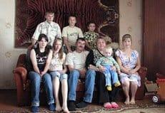 В Москве будут давать квартиры усыновителям пяти детей