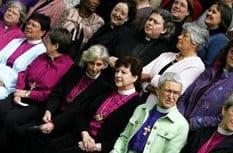 Синод Англиканской Церкви узаконил рукоположение женщин в епископы