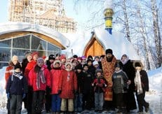 В деле воцерковления детей могут помочь паломнические поездки, считает епископ Карасукский Филипп
