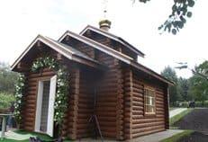 В Москве возвели уже более 70 временных храмов-часовен