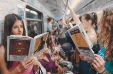 В России снова стали много читать, - результаты соцопроса