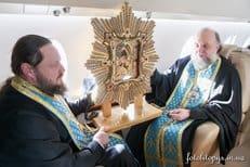 Воздушный крестный ход прошел в небе над Украиной