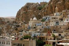 В Греческой Церкви призывают срочно помочь осажденному в Маалуле христианскому монастырю