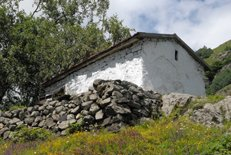 В Северной Осетии осквернили древнюю часовню Рождества Богородицы