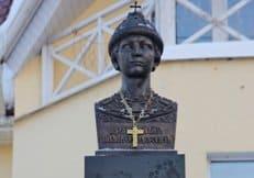 В Костроме освятили памятник царю Михаилу Федоровичу Романову