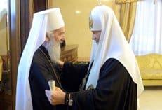 Патриархи Кирилл и Ириней совершили совместную молитву
