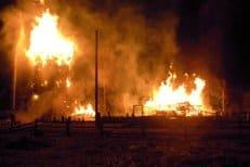 В Архангельской области от удара молнии сгорела уникальная церковь XVIII века