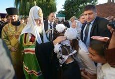 Помолиться вместе с патриархом Кириллом в Тирасполе собралось более 10 тысяч человек