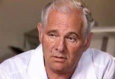 Нерентабельность не должна быть основанием для закрытия роддомов и больниц, считает врач Леонид Рошаль