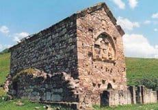 В древнем христианском храме Ингушетии впервые за 100 лет прошла служба