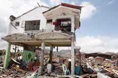 Русская Церковь продолжает оказывать помощь пострадавшим от тайфуна на Филиппинах