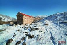 В древнем храме Ингушетии впервые в современной истории совершено архиерейское богослужение